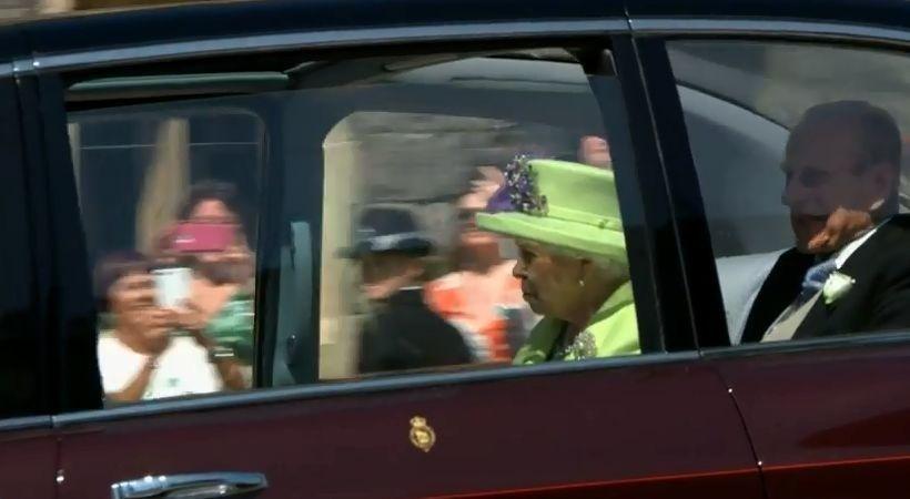 Kráľovná Alžbeta a princ