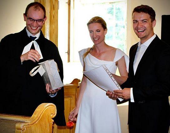 Prvá svadba Viktora a