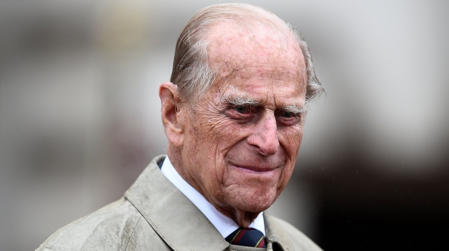 Princ Philip zomrel vo