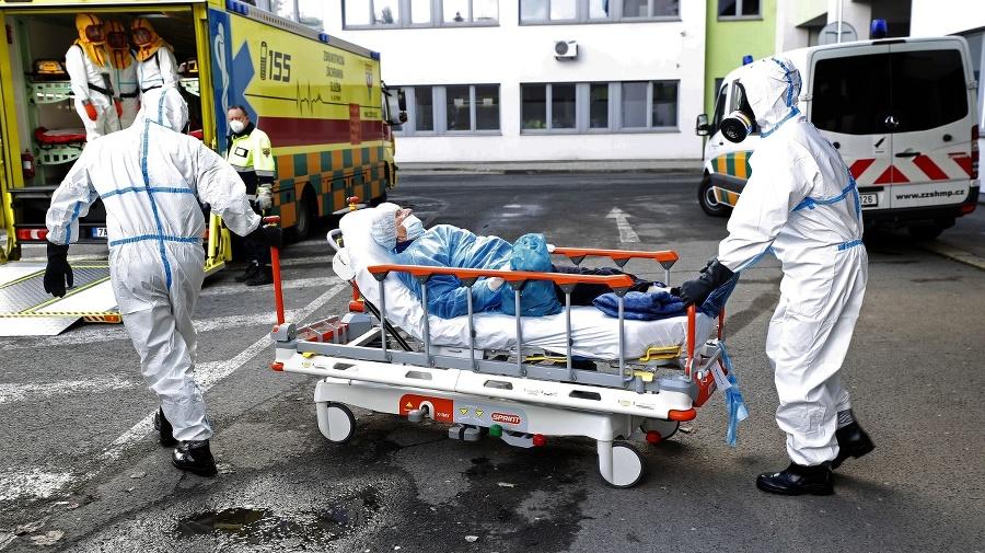 České nemocnice sú stále