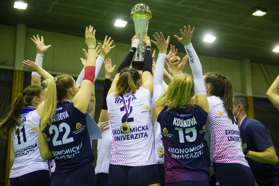 Slávia získala devätnásty titul.