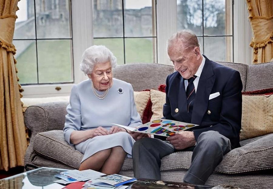 Kráľovský pár na fotke