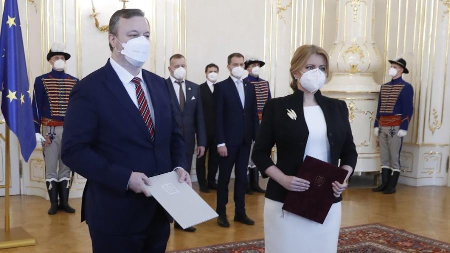Prezidentka prijala demisiu ministra