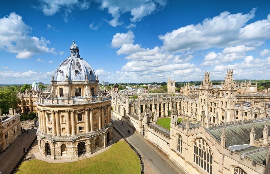 Oxford je alma mater