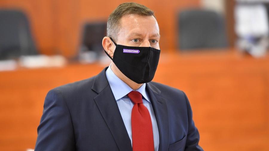 Advokát a exminister Daniel