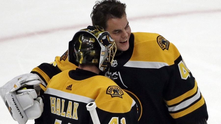 Brankár Bostonu Bruins Tuukka