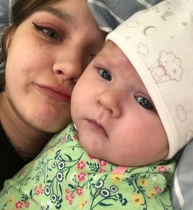Darya so svojou dcérkou