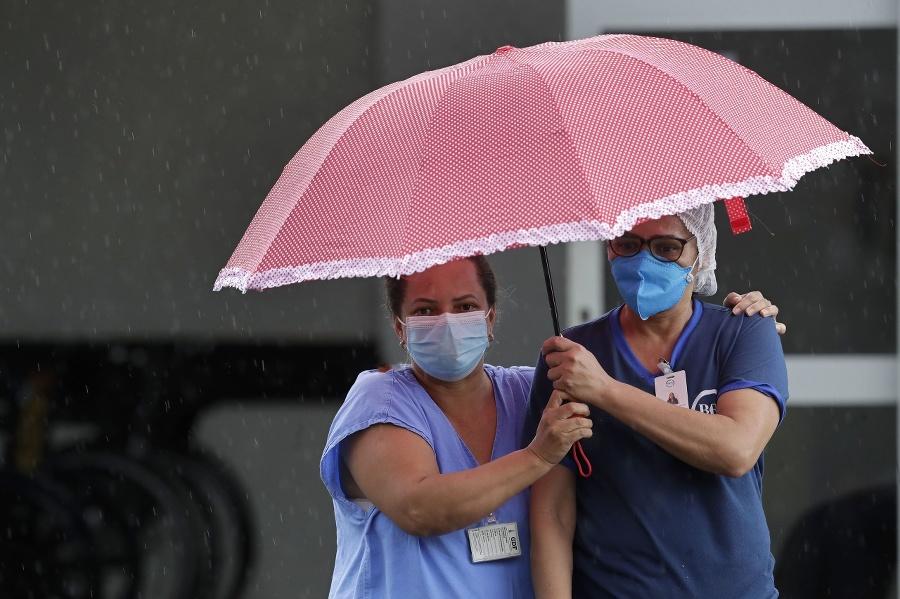 Zdravotníci v Brazílii sú