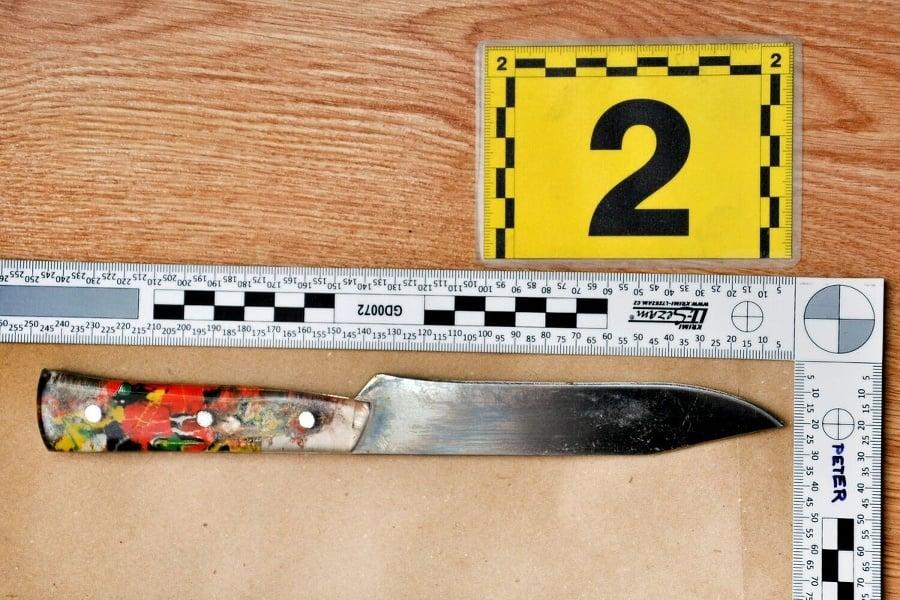 Fotografia noža z dodatočnej