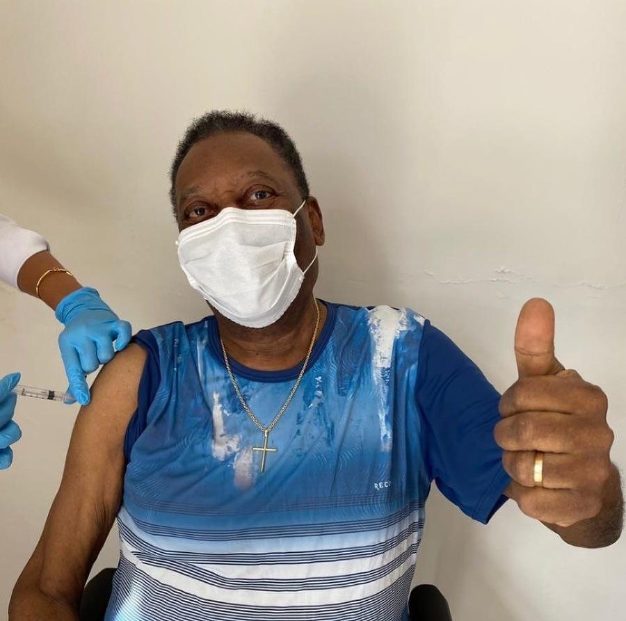 Pelé dostal prvú dávku