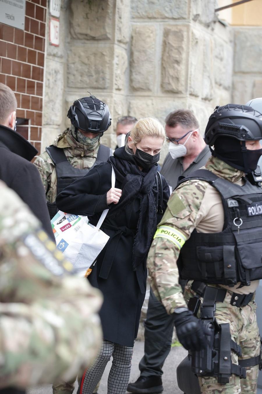 Moniku Jankovskú po prepustení