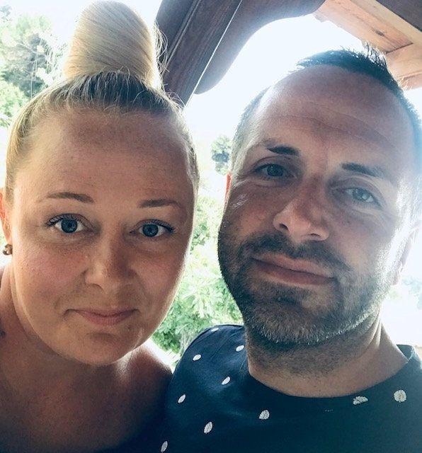 Andrew spolu s manželkou