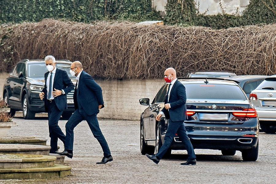 Prezidentský palác 3. 3.