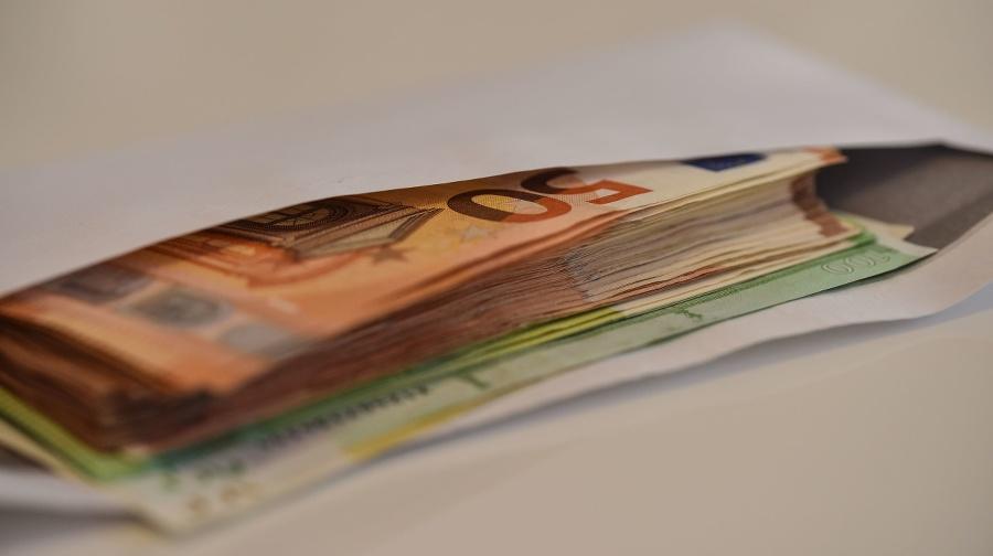 Euro money banknote: 20