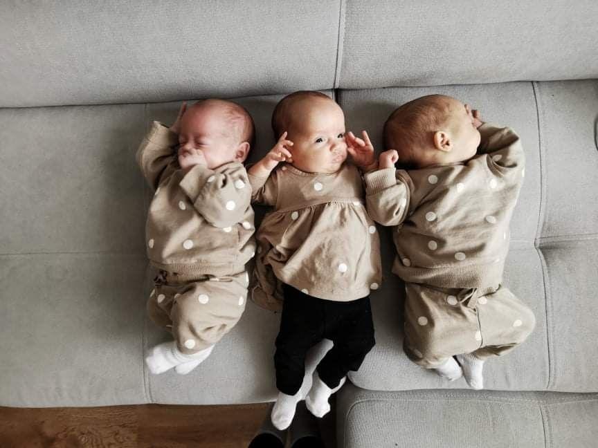 Rozkošné trojčatá robia