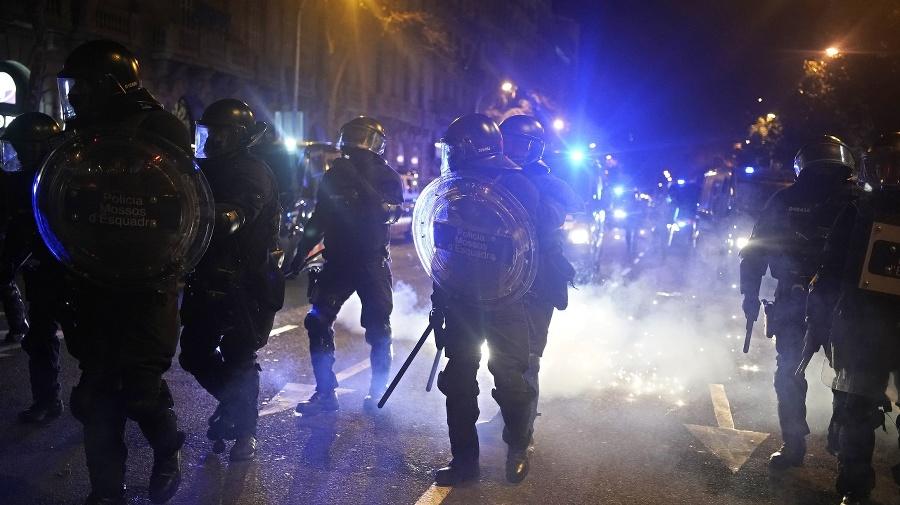 Polícia zadržala ďalších najmenej