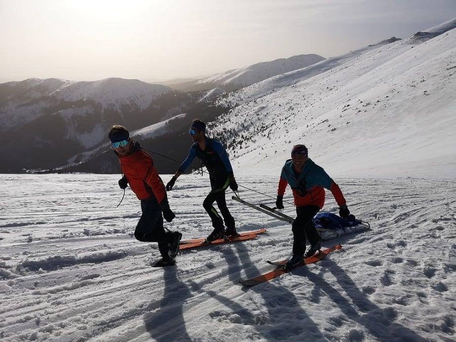 Záchranári HZS ošetrili skialpinistku