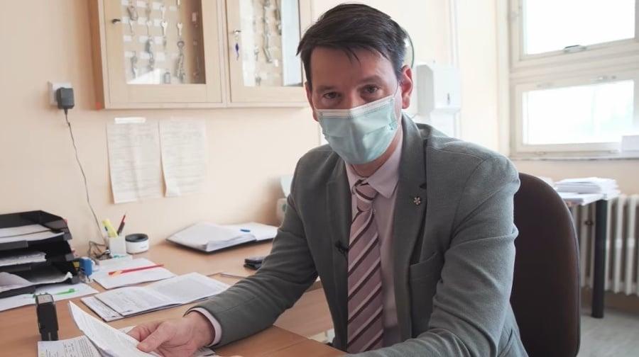 Patológ Michal Palkovič zodpovedal