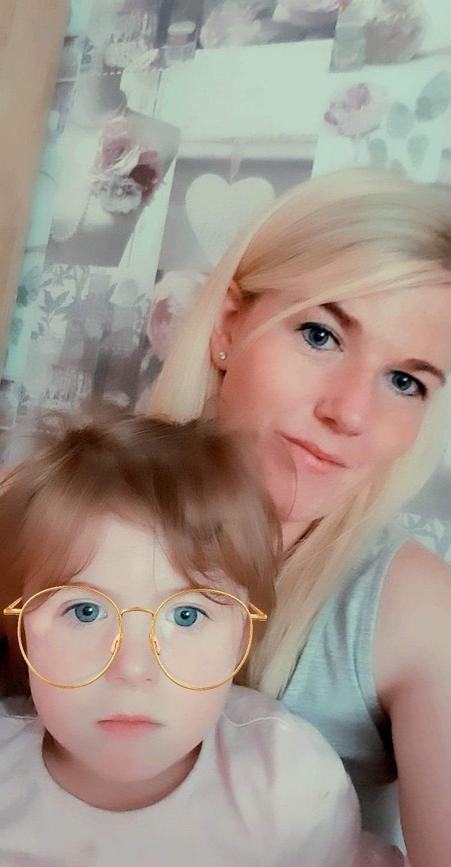 Kirsty a jej maličká