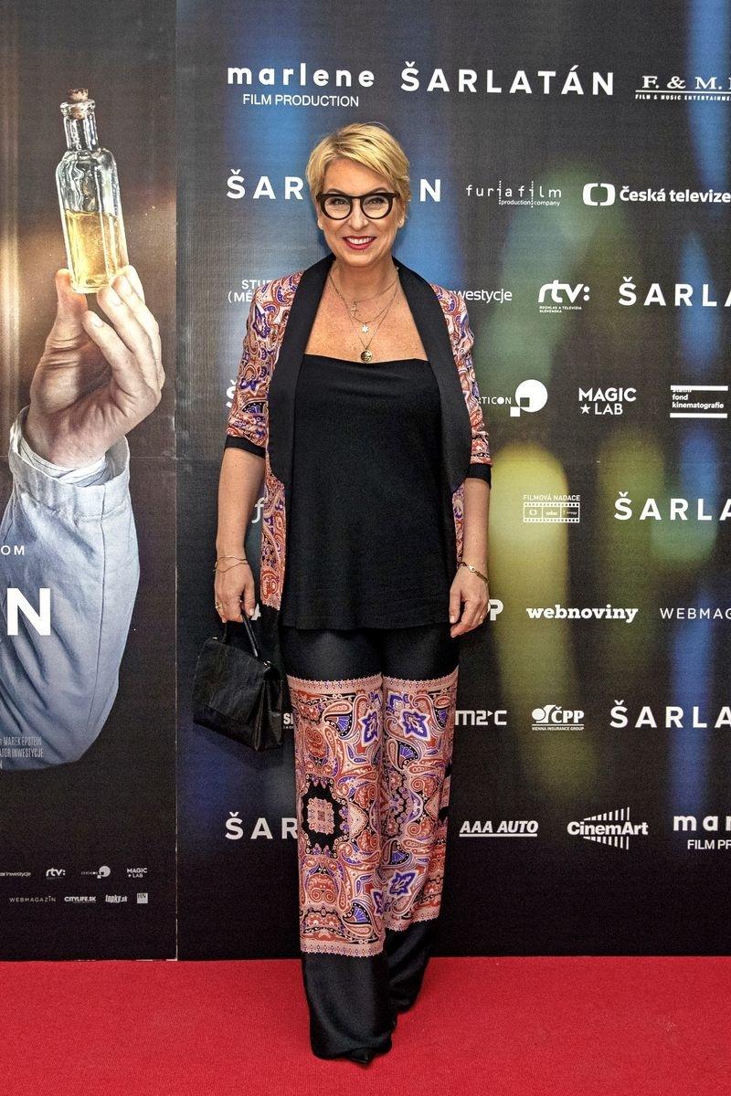 Wanda Adamík Hrycová (43)