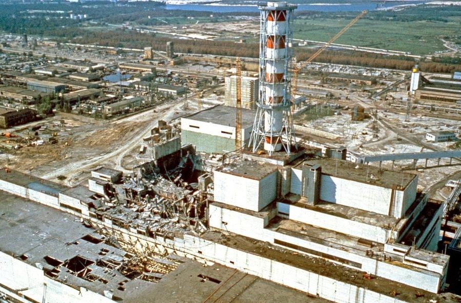 Štvrtý reaktor elektrárne vybuchol
