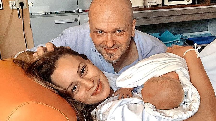 Pri pôrode synčeka jej
