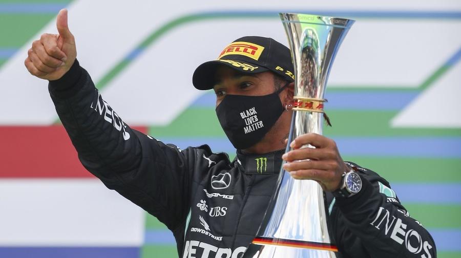 Hamilton vyrovnal Schumacherov rekord.