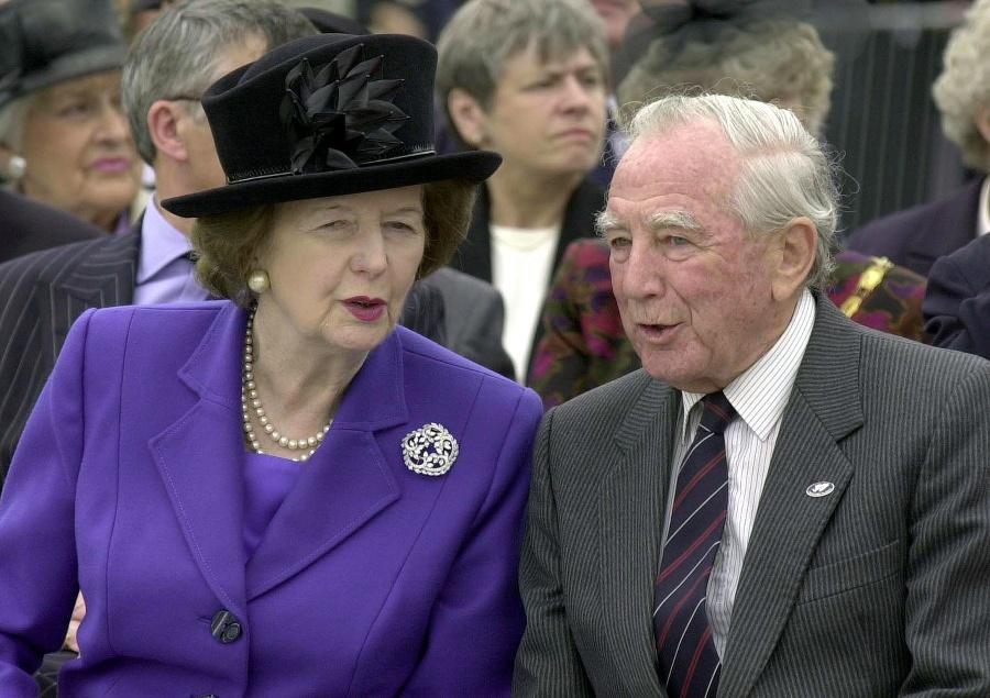 Jún 2002: Margaret Thatcherová