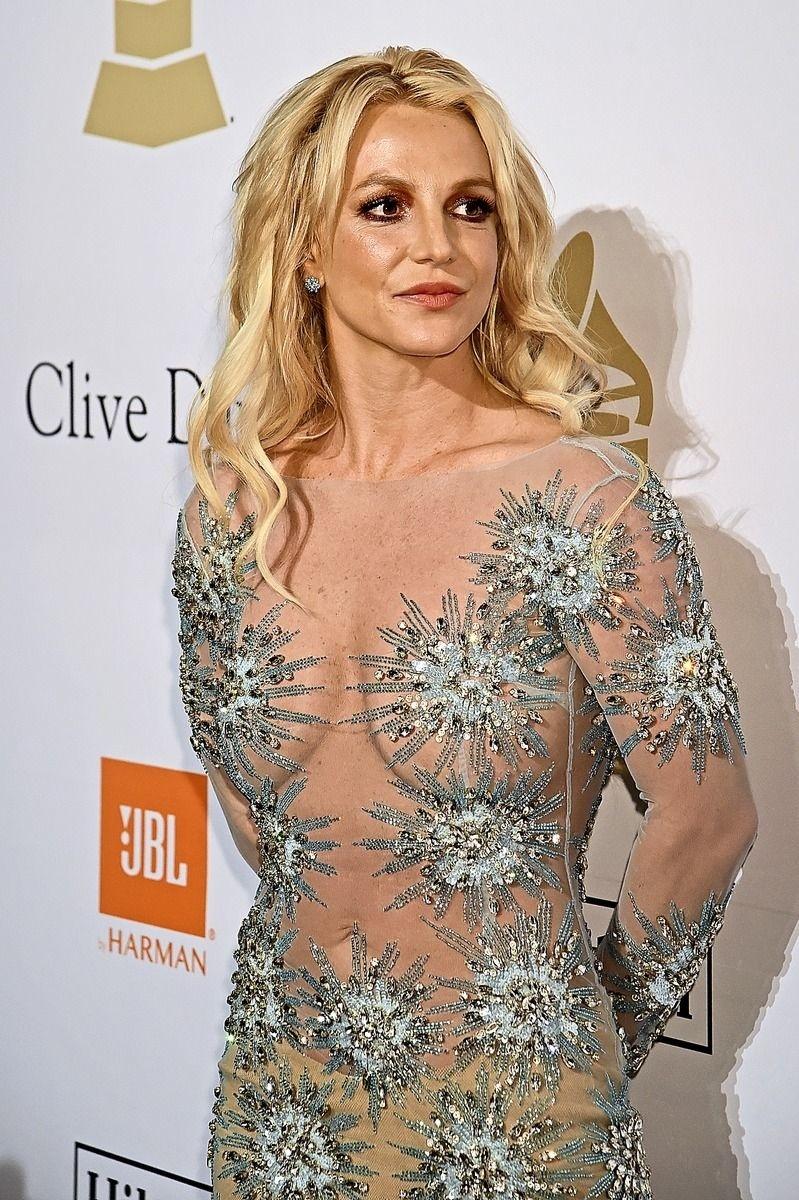 Britney má poručníka od