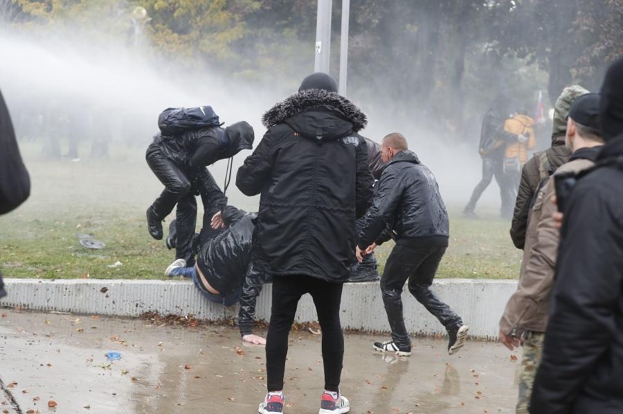 Protest sa neobišiel bez