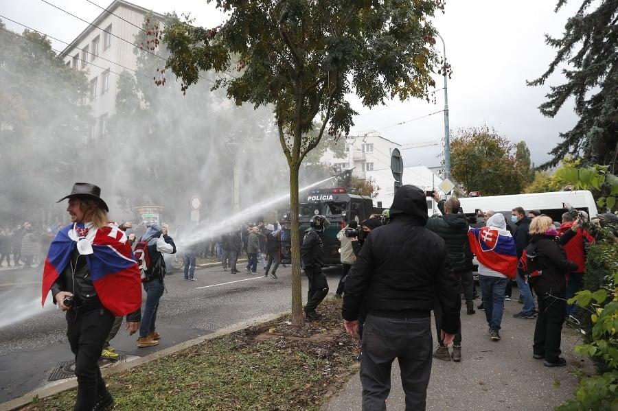 V Bratislave sa vzbúrili