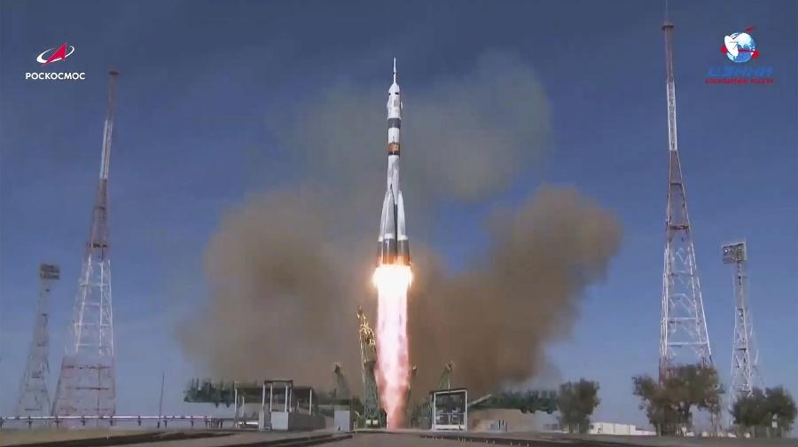 Štart rakety Sojuz-2.1a z