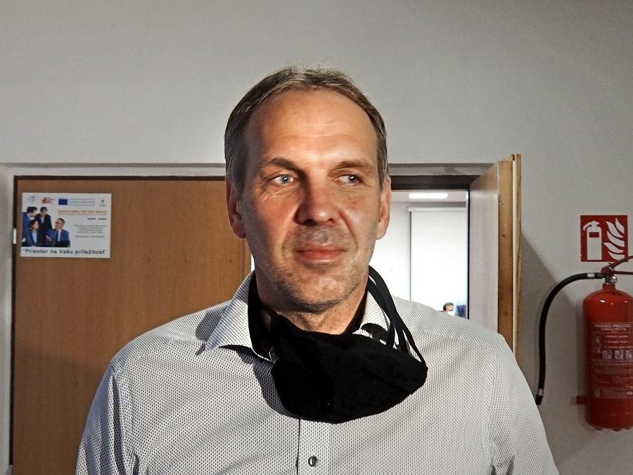 Anton Hanušín (52) sa