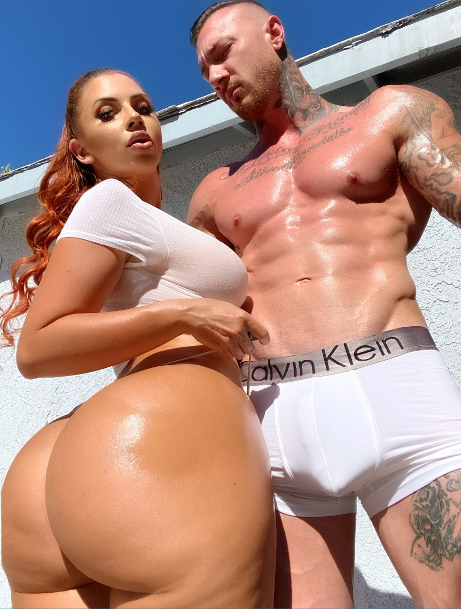 Amanda so svojím partnerom