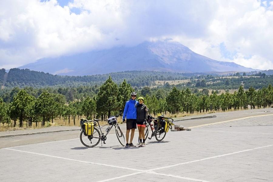 Horský priechod Cortés, cez