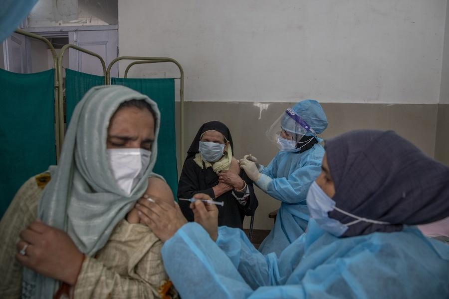 Kvôli očkovaniu sa obávajú,