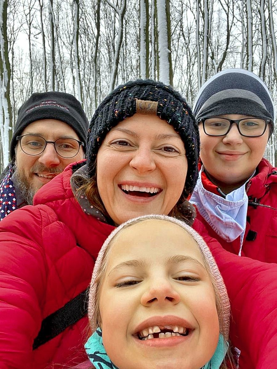 Lujza trávila voľný čas so svojou rodinou.