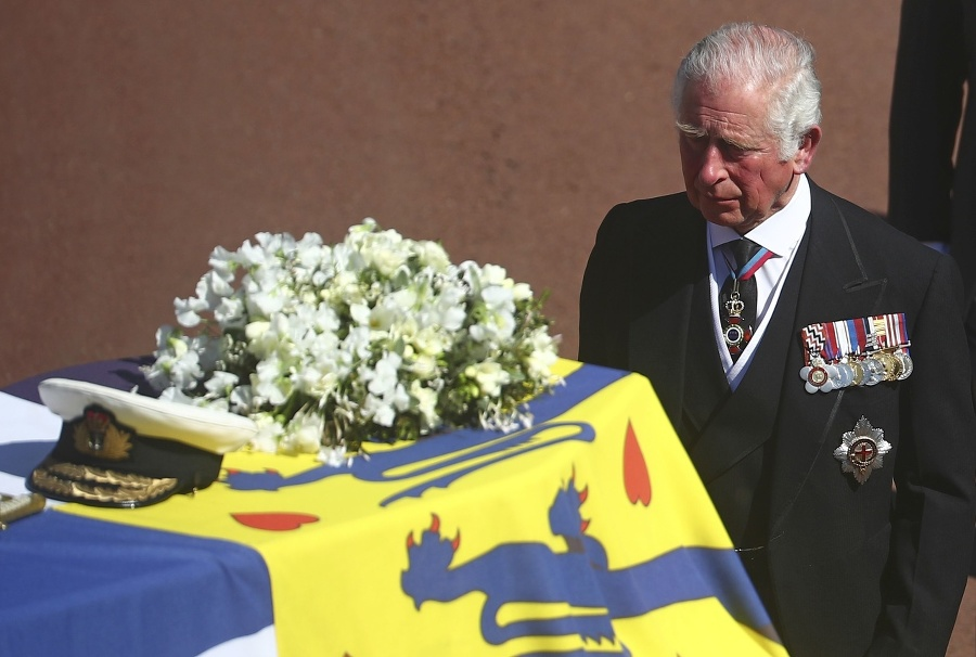 Princ Charles na pohrebe