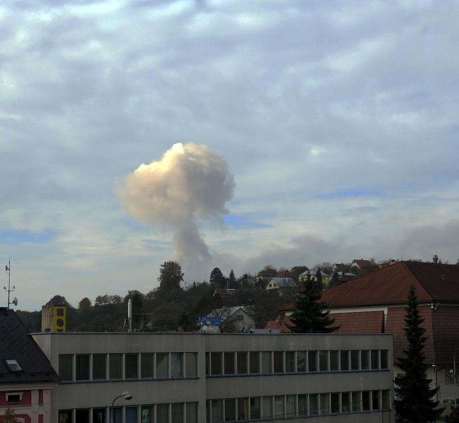 Po výbuchoch evakuovali obyvateľov