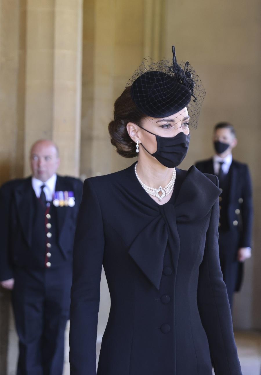 Vojvodkyňa Kate na pohrebe
