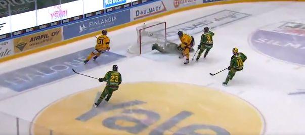 Slovenskí hokejisti Kristián Pospíšil