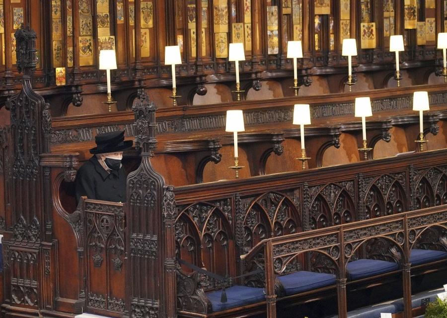 Kráľovná Alžbeta na pohrebe