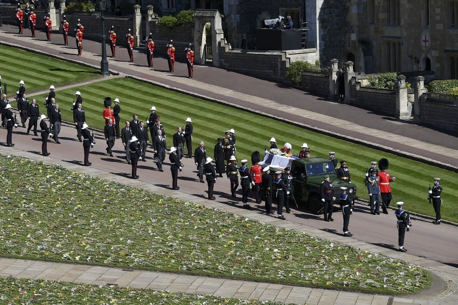 Pohreb princa Philipa. Smútočný