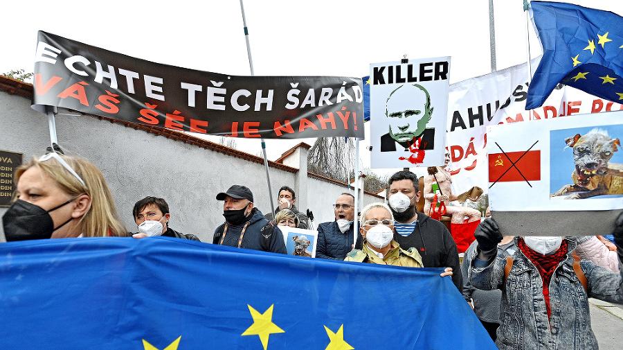 V Česku sa konalo niekoľko demonštrácií proti Rusku.