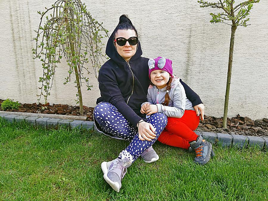 Grétka (5) a mamička Ľubica (39), Budča (okr. Zvolen)