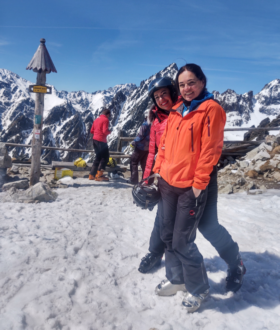 Kamarátky Lívia s Janou boli z víkendovej lyžovačky nadšené.