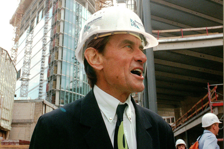 Nemecko-americký architekt Helmut Jahn