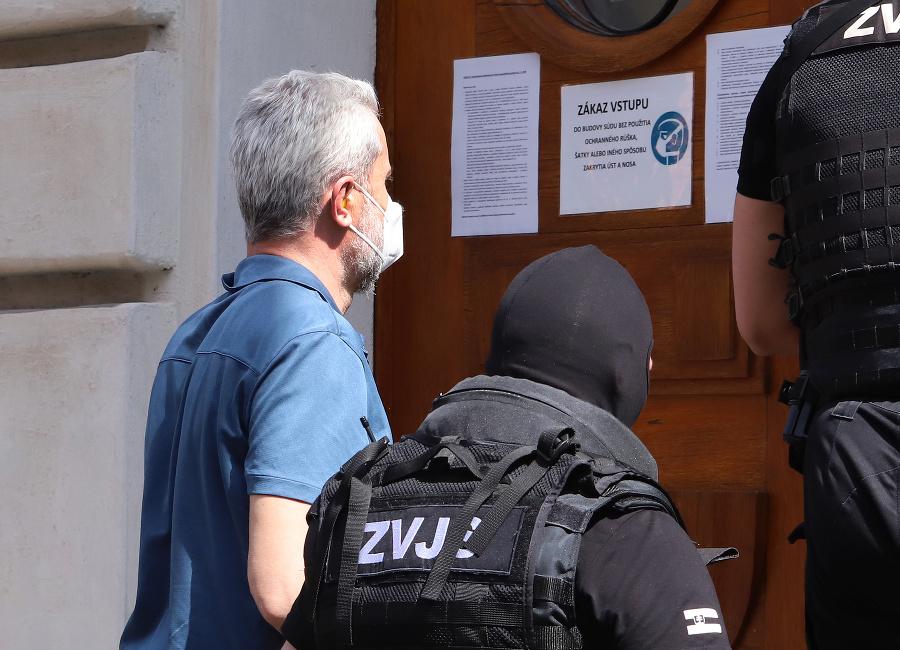 Obvinený Peter Hraško