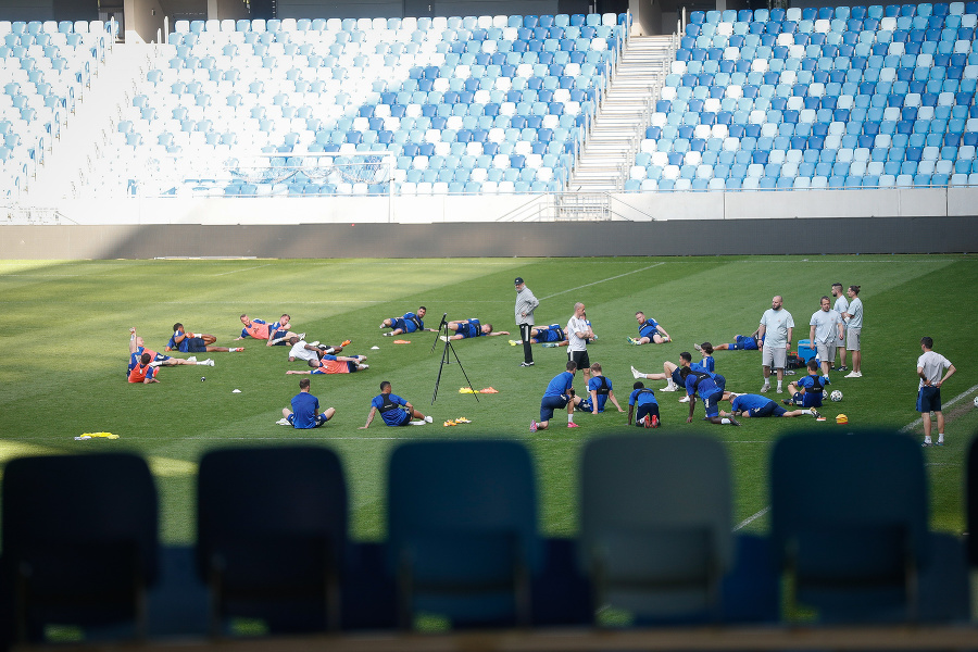 Weiss na tréningu Slovana.