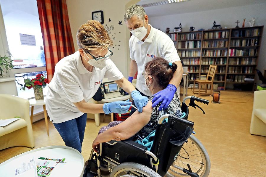 Dôchodkyňa Františka sa  očkovania nebála.